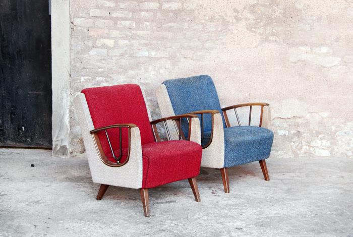 2 fauteuils vintage tissus rouge et bleu vendus gentlemen designers mobilier vintage made. Black Bedroom Furniture Sets. Home Design Ideas