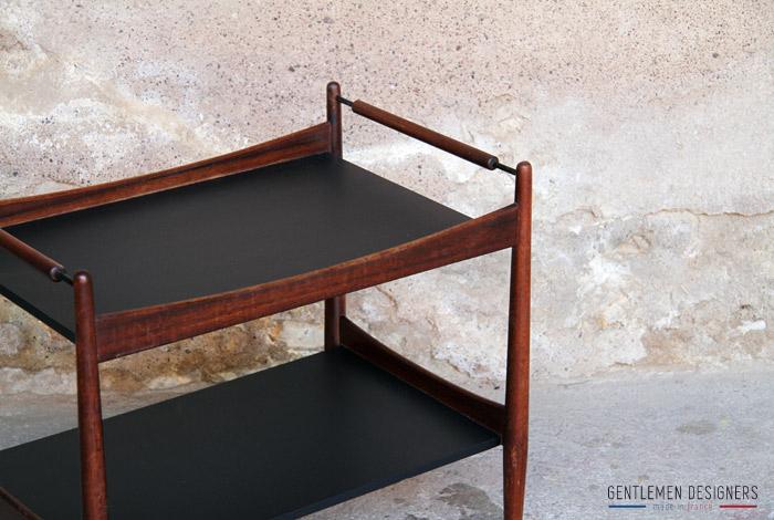 desserte scandinave en teck gentlemen designers. Black Bedroom Furniture Sets. Home Design Ideas