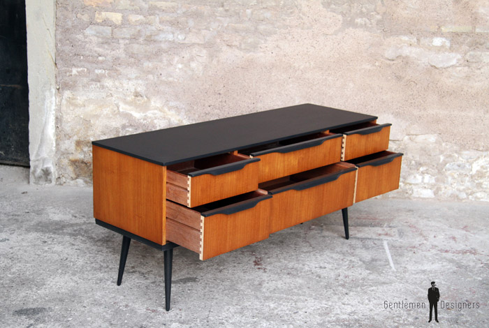 petite commode scandinave teck noir 147 gentlemen designers. Black Bedroom Furniture Sets. Home Design Ideas