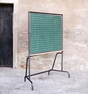 Tableau_vert_reversible_ancien_ecole_vintage_mobilier_creation_sur_mesure_design_bois_france_gentlemen_designers_strasbourg_alsace_lyon_paris_ecologique_vignette