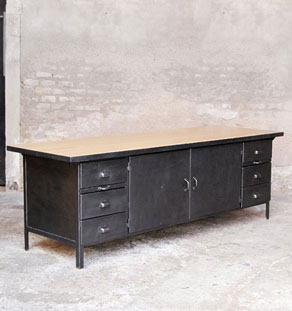 ilot_plan_travail_comptoir_cuisine_grand_style_indus_metal_bois_mobilier_vintage_design_annee_50_60_france_made_in_gentlemen_designers_strasbourg_alsace_lyon_vignette