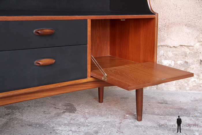 Meuble rangement scandinave tv bureau 153 cm gentlemen for Meuble bureau scandinave