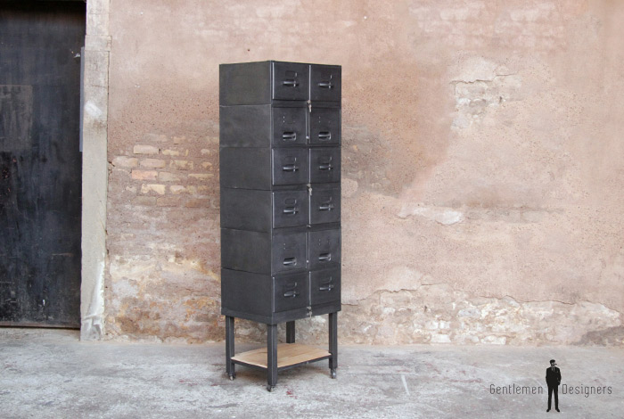 casiers de rangement m tal sur roulette strafor. Black Bedroom Furniture Sets. Home Design Ideas
