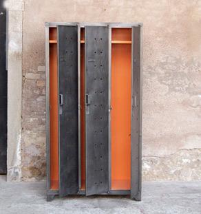 Vestiaire_metal_3_porte_ancien_style_indus_orange_mobilier_vintage_design_annee_50_60_original_gentlemen_designers_strasbourg_alsace_paris_lyon_vignette