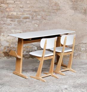 Bureau_chaises_ecole_allemand_enfant_gris_scandinave_mobilier_vintage_design_annee_50_60_original_gentlemen_designers_strasbourg_alsace_paris_lyon_vignette
