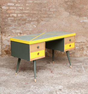 Bureau_vintage_formica_tiroirs_relooking_jaune_design_annee_50_60_original_gentlemen_designers_strasbourg_alsace_paris_lyon_vignette