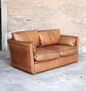 Canape_cuir_desede_caramel_brun_2_place_mobilier_vintage_design_annee_50_60_original_gentlemen_designers_strasbourg_alsace_paris_lyon_vignette