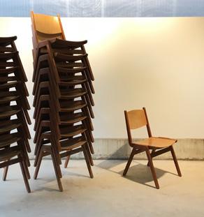 Chaise_empilable_lot_bois_compas_restaurant_mobilier_vintage_design_annee_50_60_original_gentlemen_designers_strasbourg_alsace_paris_lyon_vignette
