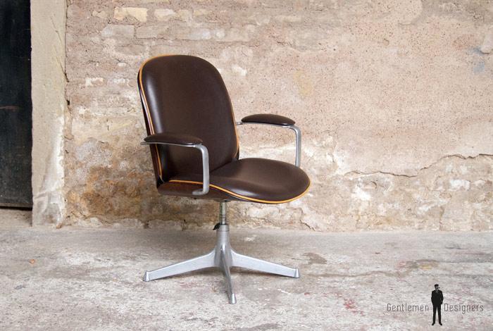 fauteuil de bureau vintage ico parisi mim pivotant et accoudoir gentlemen designers. Black Bedroom Furniture Sets. Home Design Ideas