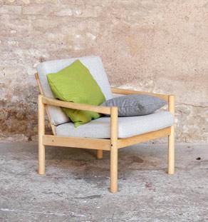 Fauteuil_gris_chiner_sur_mesure_made_in_france_chene_bois_clair_couleur_mobilier_vintage_design_annee_50_60_original_gentlemen_designers_strasbourg_alsace_paris_lyon_vignette