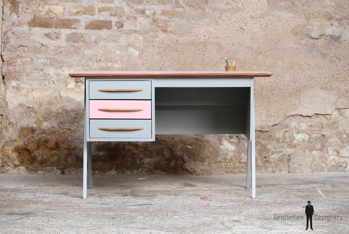 bureau vintage 3 tiroirs rose et gris pieds compas. Black Bedroom Furniture Sets. Home Design Ideas