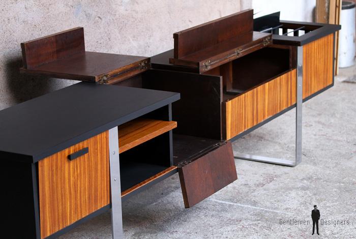 enfilade vinyle meuble tv vintage scandinave en teck gentlemen designers. Black Bedroom Furniture Sets. Home Design Ideas