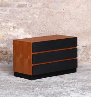 Commode vintage scandinave en teck, tiroirs noir
