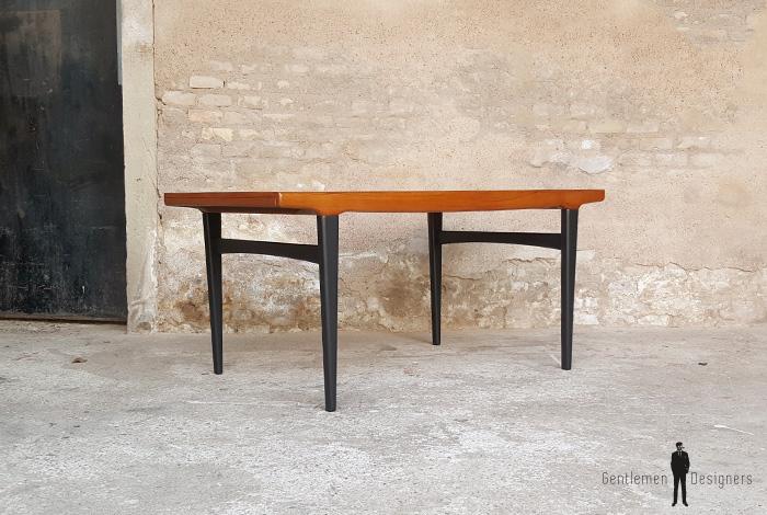 Table de repas vintage rallonges scandinave en teck for Table scandinave rallonge