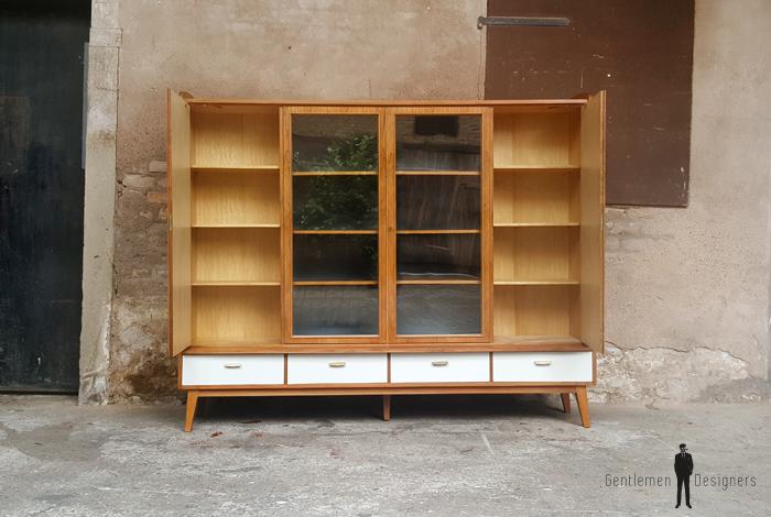 Buffet, vitrine, bibliothèque vintage en bois, tiroirs et portes gentlemen designers france lyon paris pieds compas