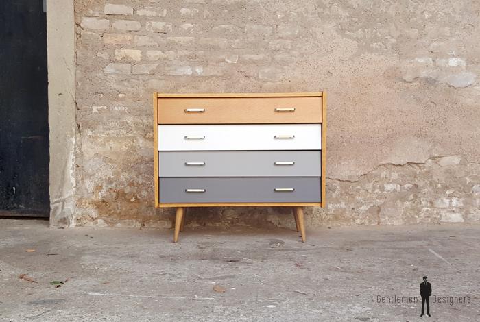 commode vintage 4 tiroirs chene blanc et gris. Black Bedroom Furniture Sets. Home Design Ideas