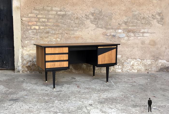 Bureau vintage noir et bois graphique pieds compas - Bureau bois et noir ...
