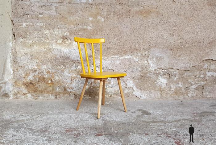 lot de 2 chaises vintage barreaux bois jaune bleu. Black Bedroom Furniture Sets. Home Design Ideas