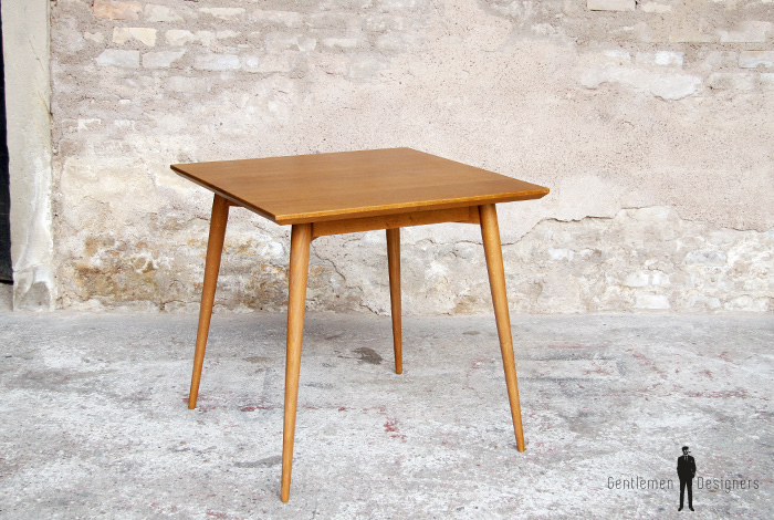 Table_repas_vintage_carre_chene_massif_doree_teck_mobilier_creation_sur_mesure_design_annee_60_bois_france_made_gentlemen_designers_strasbourg_alsace_francais_lyon_paris_ecologique_02