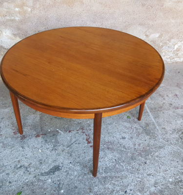 Produits gentlemen designers for Table ronde a rallonge scandinave