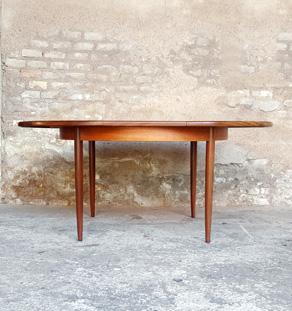 Table ronde à rallonges papillon, vintage, scandinave en teck gentlemen designers