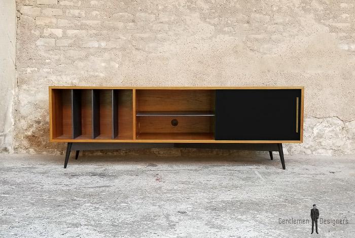 Creation sur mesure meuble teck vinyles valcromat for Decaper un meuble vernis
