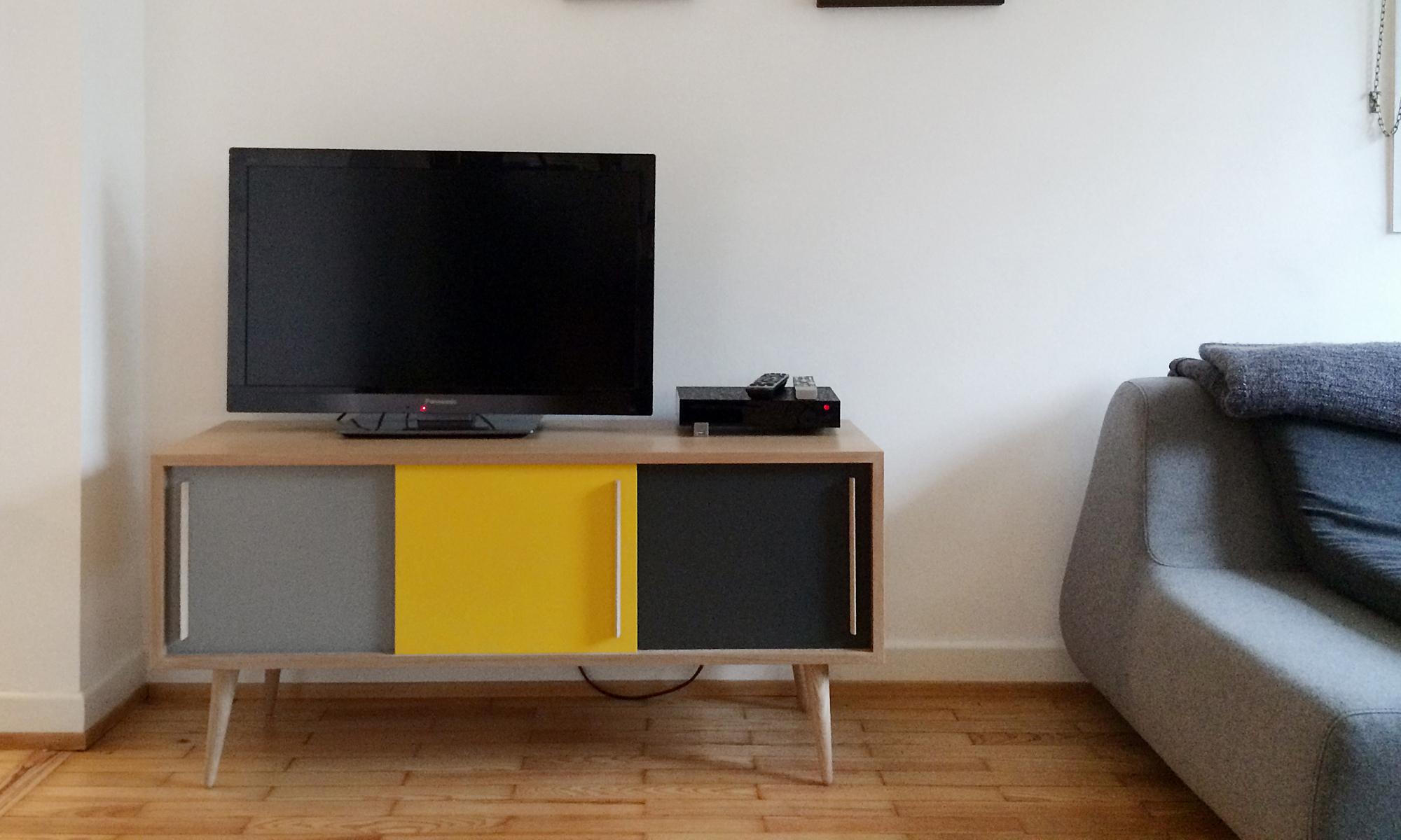gentlemen designers meuble tv hifi style vintage. Black Bedroom Furniture Sets. Home Design Ideas