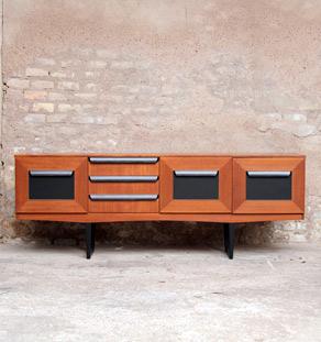 enfilade scandinave en teck 3 portes 3 tiroirs gentlemen designers. Black Bedroom Furniture Sets. Home Design Ideas