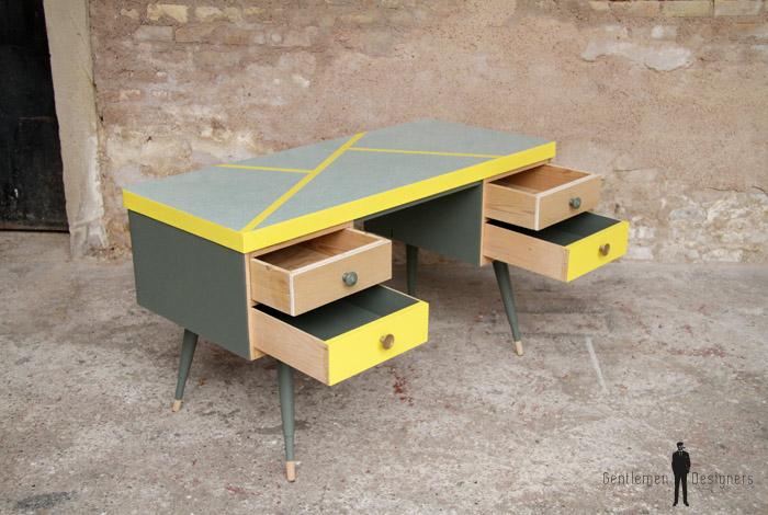 Bureau vintage formica graphique jaune gentlemen designers
