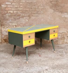bureau vintage formica graphique jaune gentlemen designers. Black Bedroom Furniture Sets. Home Design Ideas