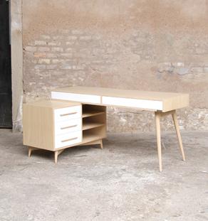 bureau meuble style vintage scandinave chene clair pieds compas. Black Bedroom Furniture Sets. Home Design Ideas