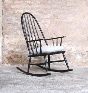 Rocking chair noir vintage bois, style Tapiovaara, galette en tissu