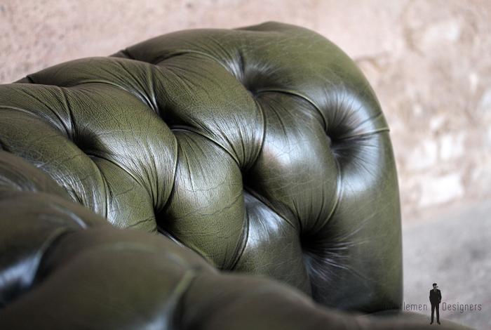 Chersterfield cuir vert capitonne fauteuil confortable vintage ancien