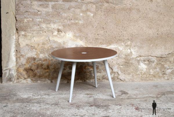 Table basse vintage en teck, relookée, motif graphique