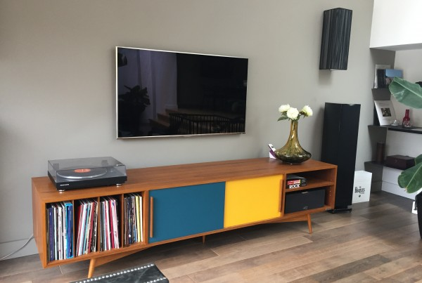 Meuble tv sur-mesure teck scandinave vinyle