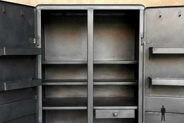Armoire meuble industriel métal, année 50, angles arrondis