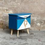 Chevet vintage motifs graphiques bleu, relooké
