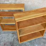 Petite étagère bibliothèque en bois massif vintage