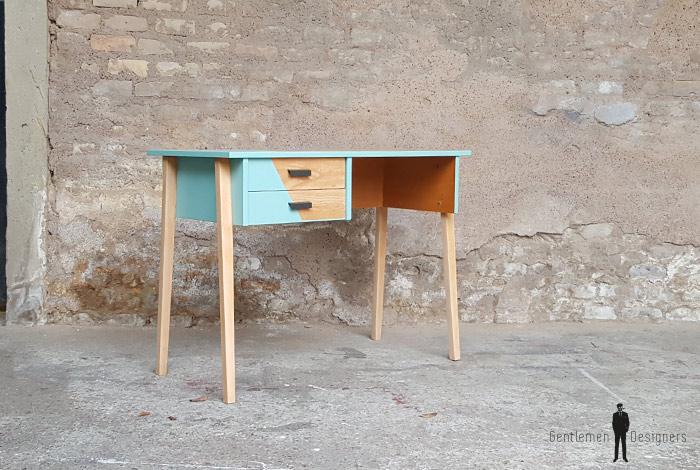 Bureau vintage et sa chaise casala en bois pieds compas