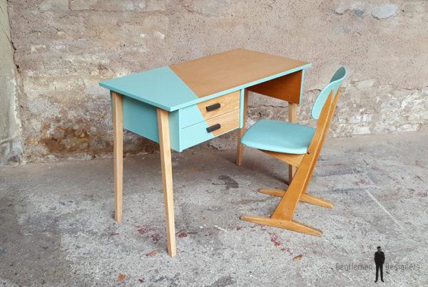 Bureau vintage et sa chaise casala en bois, pieds compas