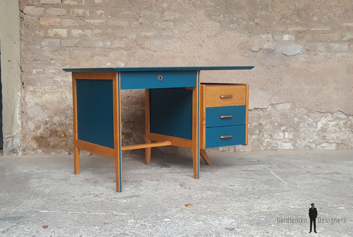 bureau vintage en bois pieds compas avec tiroirs bleu. Black Bedroom Furniture Sets. Home Design Ideas
