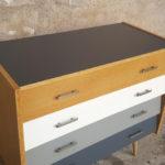 Commode vintage en bois gentlemen designers blanc gris chene scandinave