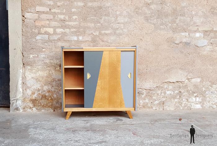 Meuble d'appoint vintage en bois, motifs graphique gris