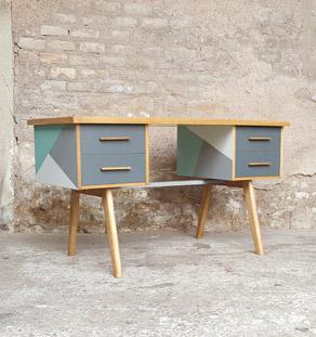 Bureau vintage graphique, gris et vert, pieds compas, bois gentlemen designers