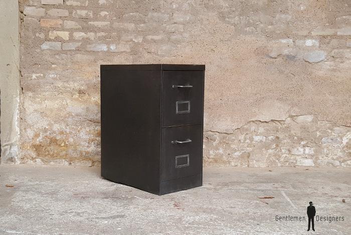 Casier en métal deux tiroirs, classeurs, style indus