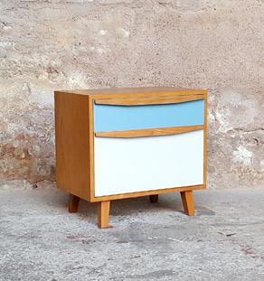 Chevet vintage en bois, bleu et gris clair, 1 porte et 1 tiroirs gentlemen designers victoria