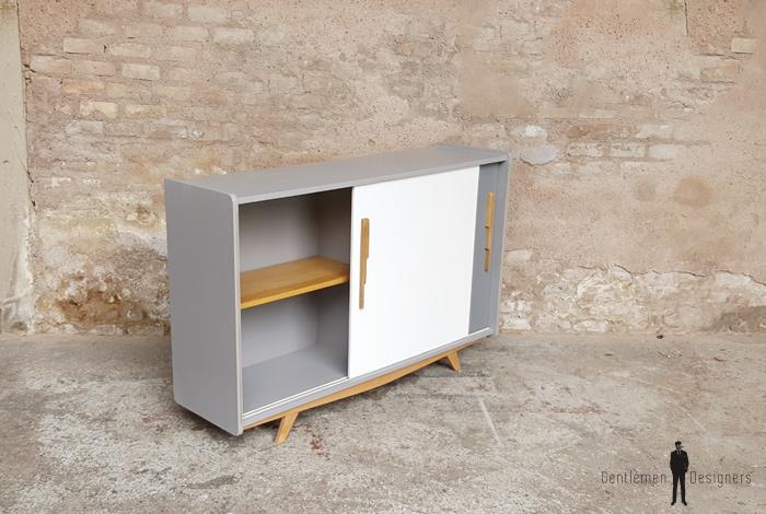 meuble buffet vintage relook bois pieds compas blanc gris clair. Black Bedroom Furniture Sets. Home Design Ideas