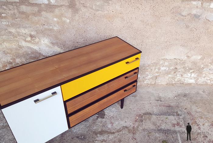 Meuble buffet à tiroirs, vintage relooké, jaune, noir, teck gentlemen designers