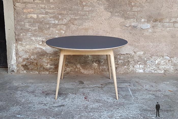 Table_manger_ronde_stratifié_gris_fenix_mobilier_vintage_sur_mesure_creation_design_annee_50_60_fabriquer_france_made_in_gentlemen_designers_strasbourg_alsace_francais_01-(3)