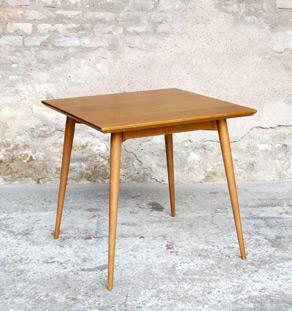 TABLE CARRE CUISINE BOIS CHENE - TECK - sur mesure - France gentlemen designers créateur pieds compas